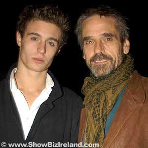 ShowBiz Ireland - Theatre Giant Harold Pinter's 75th ... Max Irons And Jeremy Irons