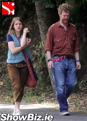 glen hansard and marketa irglova relationship help