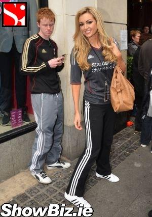 Liverpool FC Multimedia Thread - Page 10 2011-05-liverpool-fc-fan-rosanna-davison