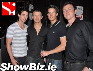 Showbiz Ireland It S The Assets Summer Bash