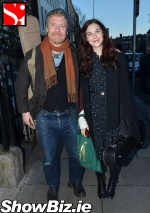 ShowBiz Ireland - Bono Did Busk for Simon...
